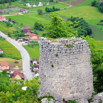 Medieval citadels of the Vrbas Valley & its viewpoints