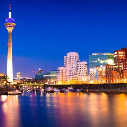 Düsseldorf: The Nightlife, Fashion and Many More!