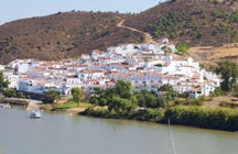 Alcoutim, a village with a view to Spain