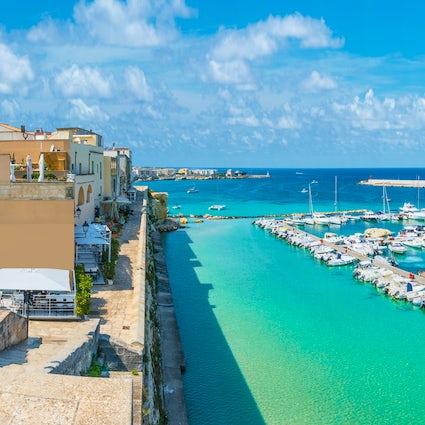 Otranto – beach paradise with vivid history