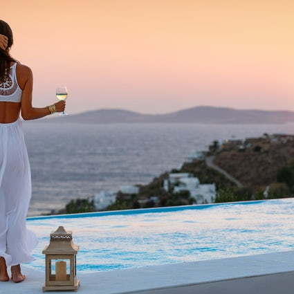 Where to travel in Greece based on your personality; The cosmopolitan traveller