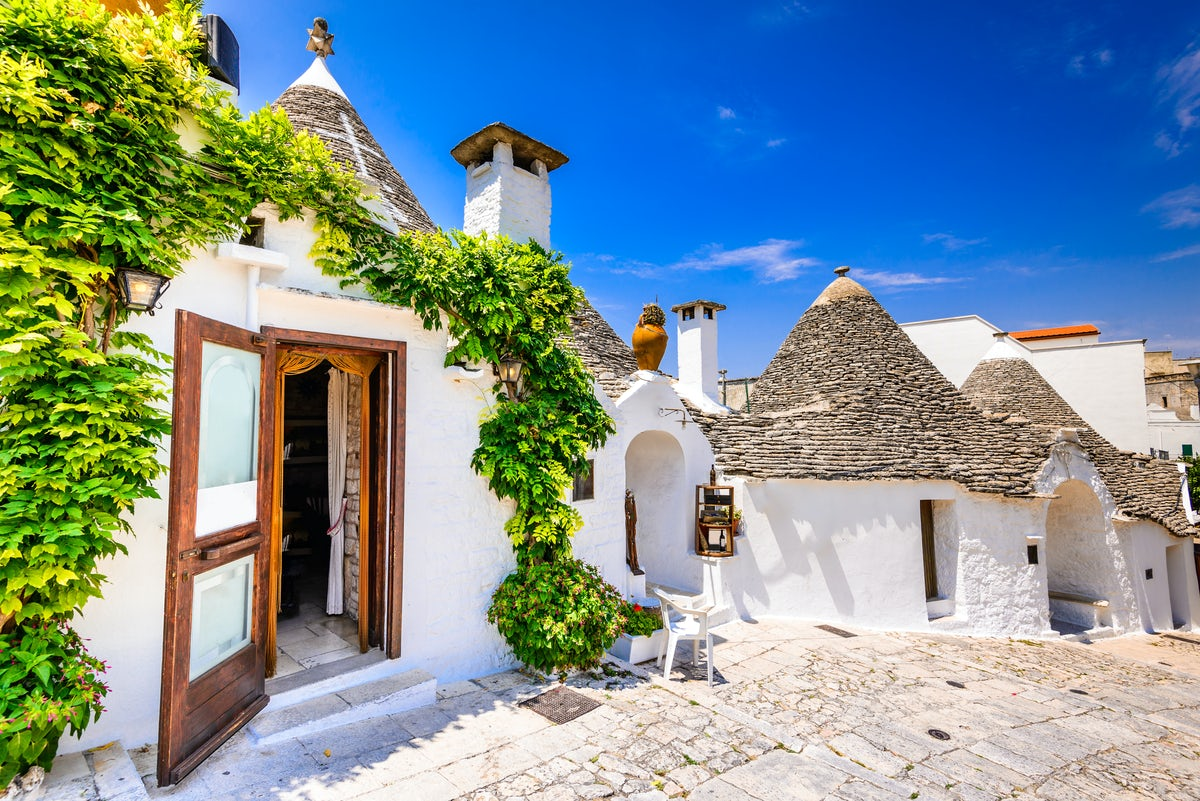 Extraordinary accommodations for a unique stay in Apulia