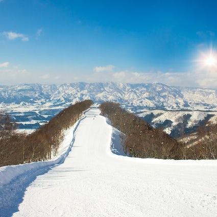 Nagano : combiner le ski avec une expérience traditionnelle de onsen