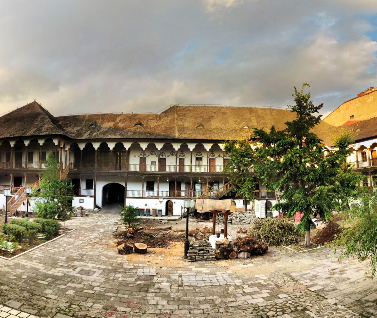 Manuc's Inn: the epicenter of hospitality in Bucharest