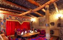 Pruebe la cocina kirguisa en Bishkek's Ethno-Complex Supara