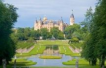 Castelos e Arquitetura na Costa do Báltico