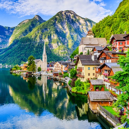 Why did Chinese make full size copy of Hallstatt?