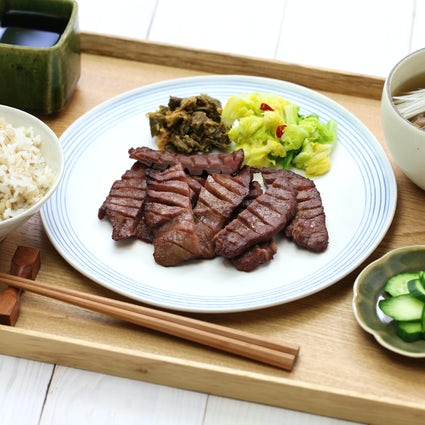 Sendai's luxurious local delicacy: Grilled beef tongue