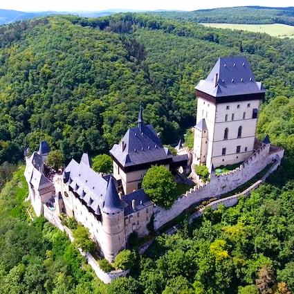 Czechia's fairytale Karlstejn Castle