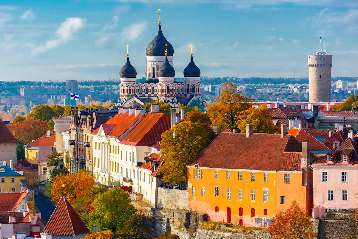 A magnificent cathedral in the heart of Tallinn: Alexander Nevsky