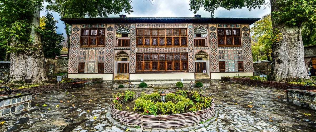 3 must see in Sheki